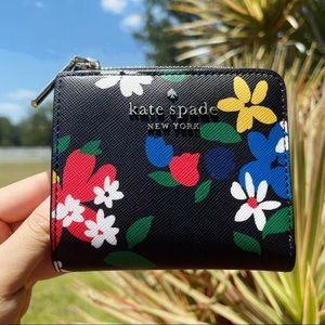 NWT Kate Spade ♠️ Bifold Wallet
